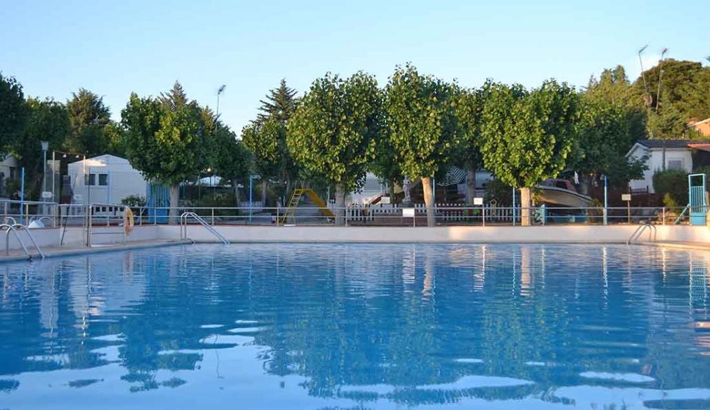 piscina camping san juan Valdemorillo